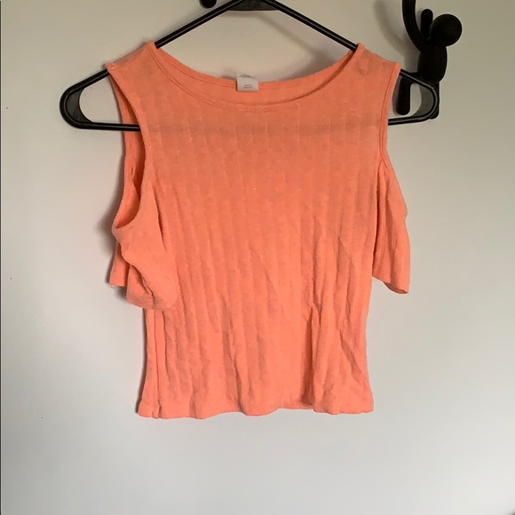 Urban Behavior Tops - Pink cropped top FREE ADD ON ITEM